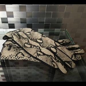 Calvin Klein Tech Leather Gloves